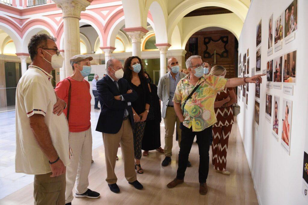 """Inauguración de la exposición fotográfica del Foro de Hombres por la Igualdad de Sevilla: """"El silencio nos hace cómplices"""""""